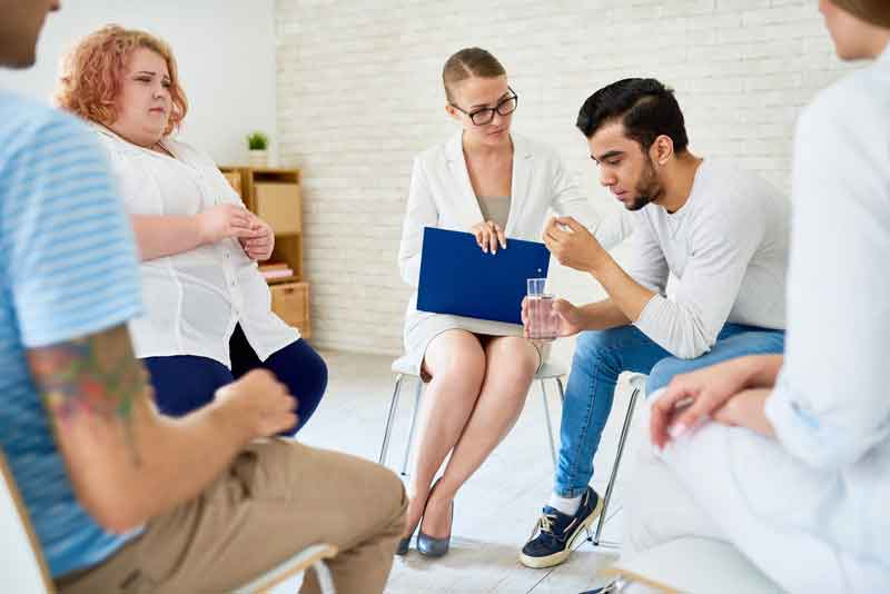 Counselor job group therapy